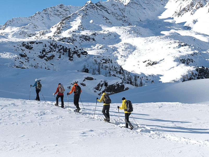 ACMG Guide Snowshoe Tour