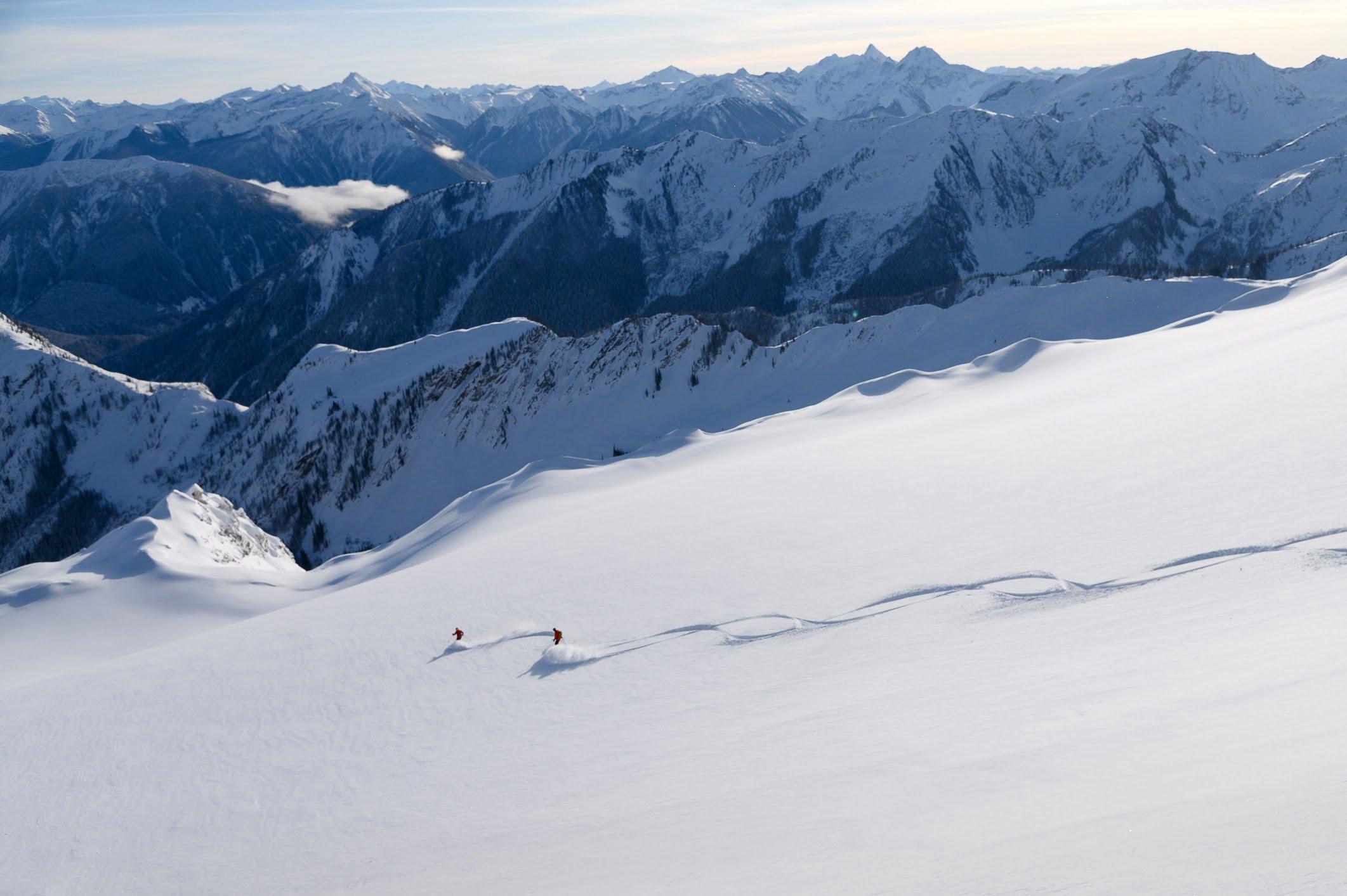 BC Holiday Gift Guide Revelstoke Heli Ski